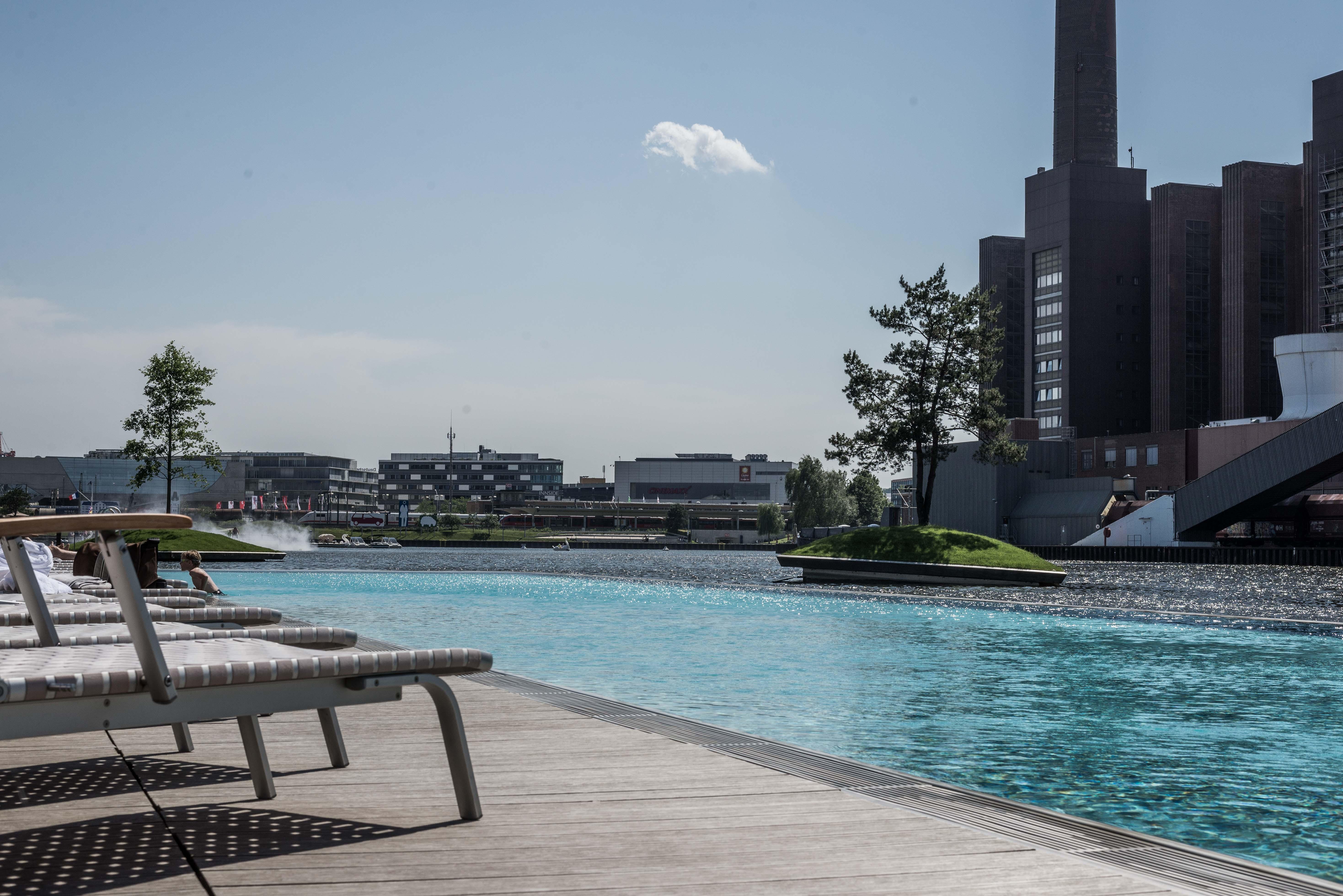 Pool Ritz-Carlton