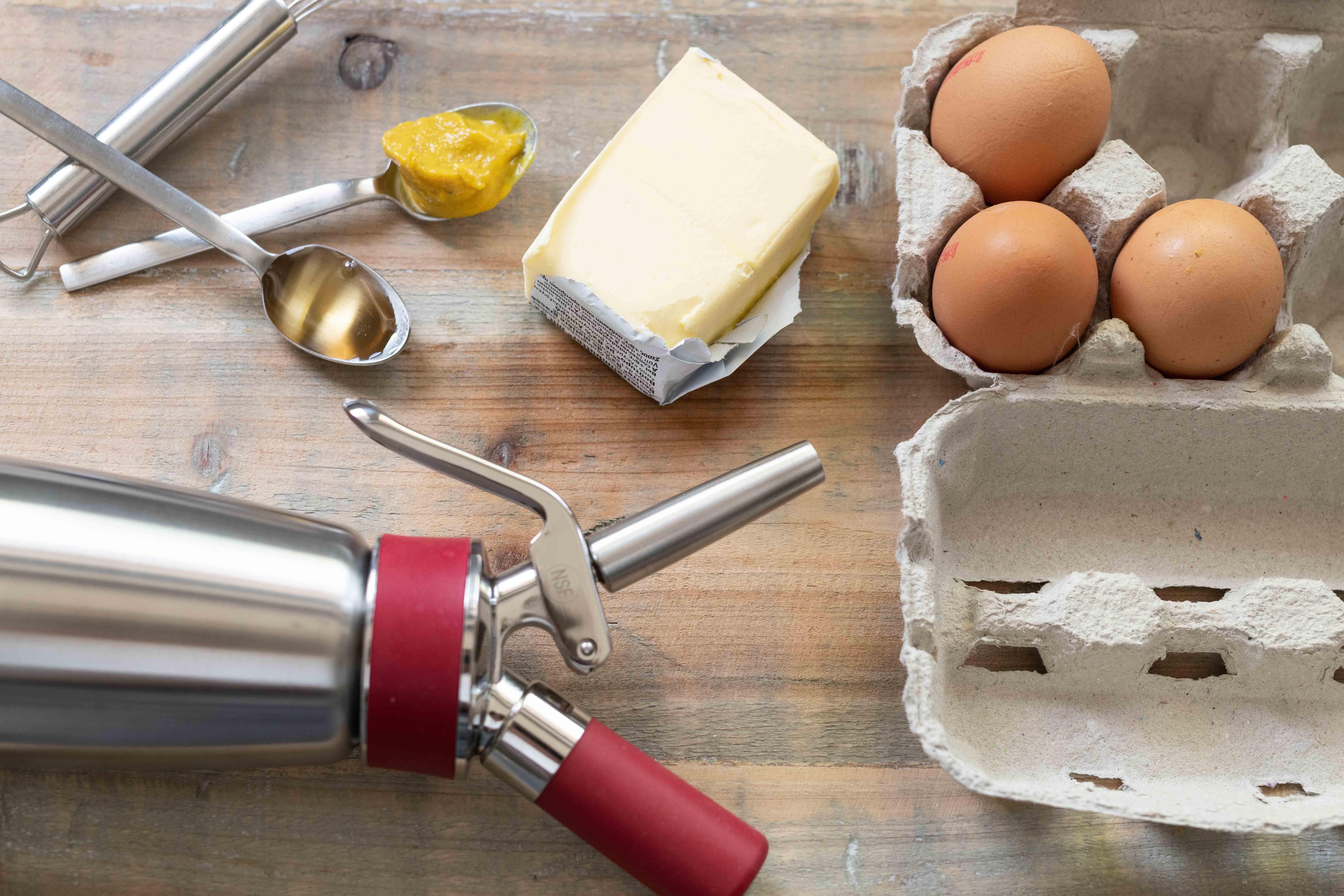 iSi Gourmet Whip Sauce hollandaise